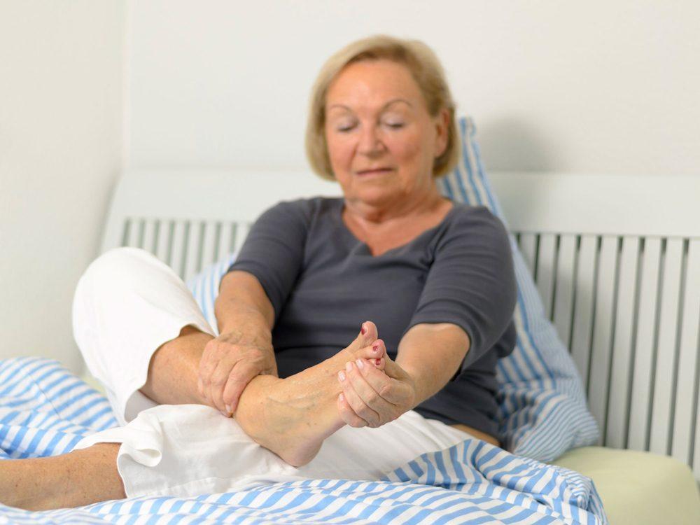 Un pied déformé peut signaler un problème de santé.