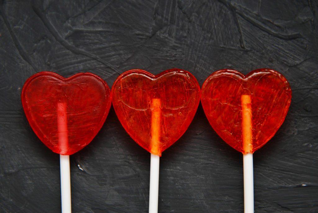 Les sucettes, même en produits bio, sont comme presque tous les bonbons: du sucre pur.