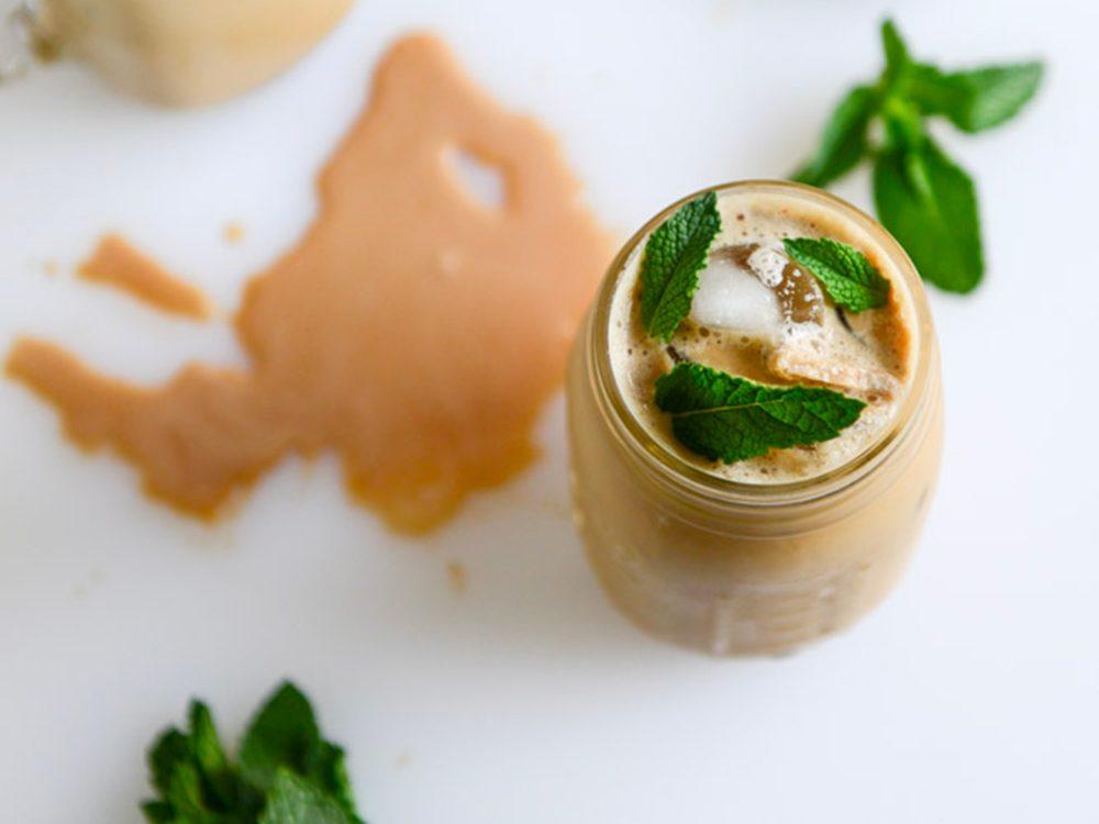 Recettes de café glacé: à la menthe.