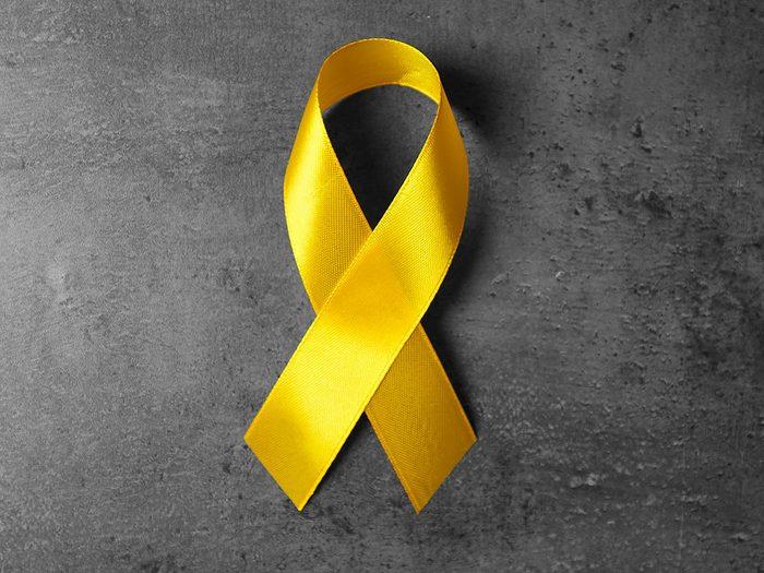 Le ruban jaune, symbole du cancer des os