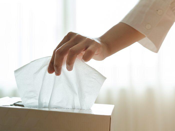 Il vaut mieux éviter de se moucher quand on a des problèmes de saignement de nez.