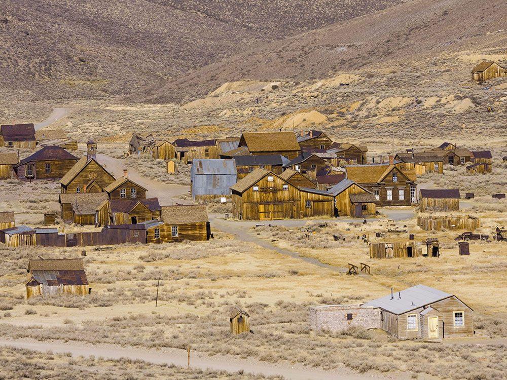 La ville fantôme de Bodie en Californie : l'un des lieux abandonnés dans le monde.