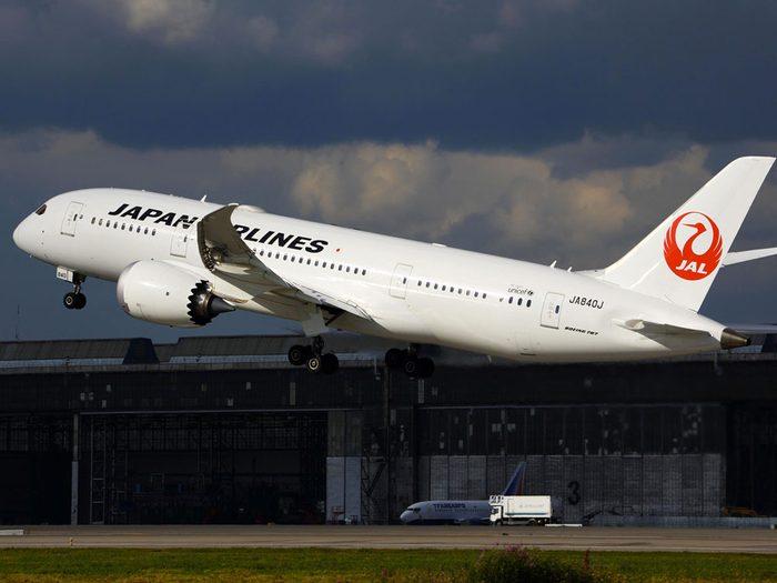 Histoire d'ovni : le vol 1628 de la Japan Airlines.