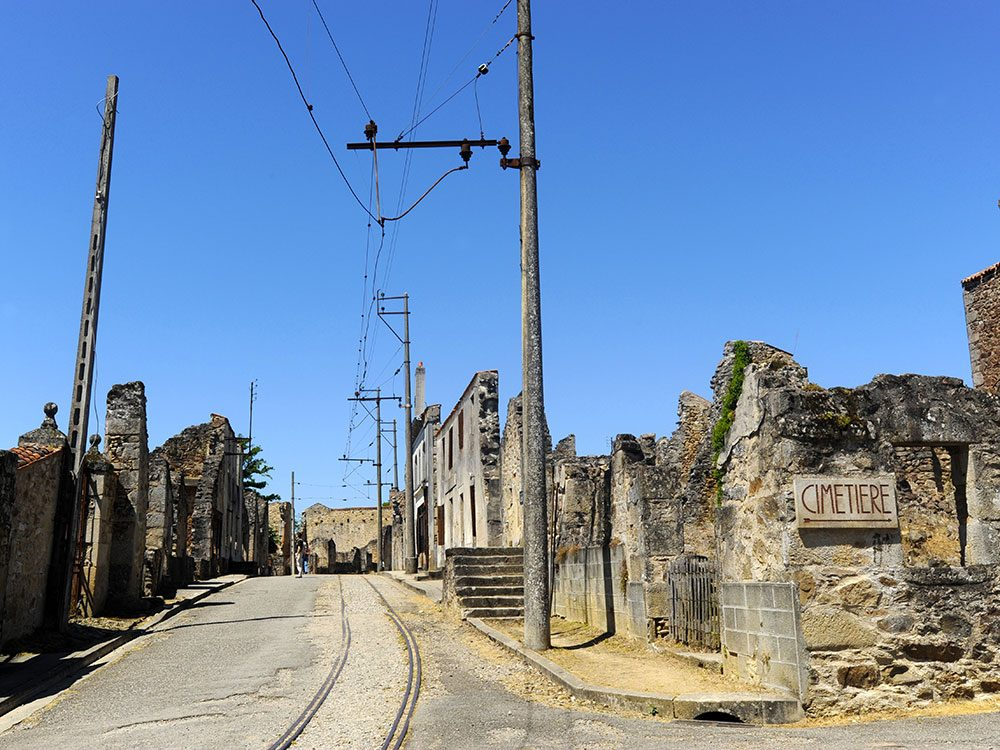 La ville d'Oradour-sur-Glane en France : un lieu abandonné.