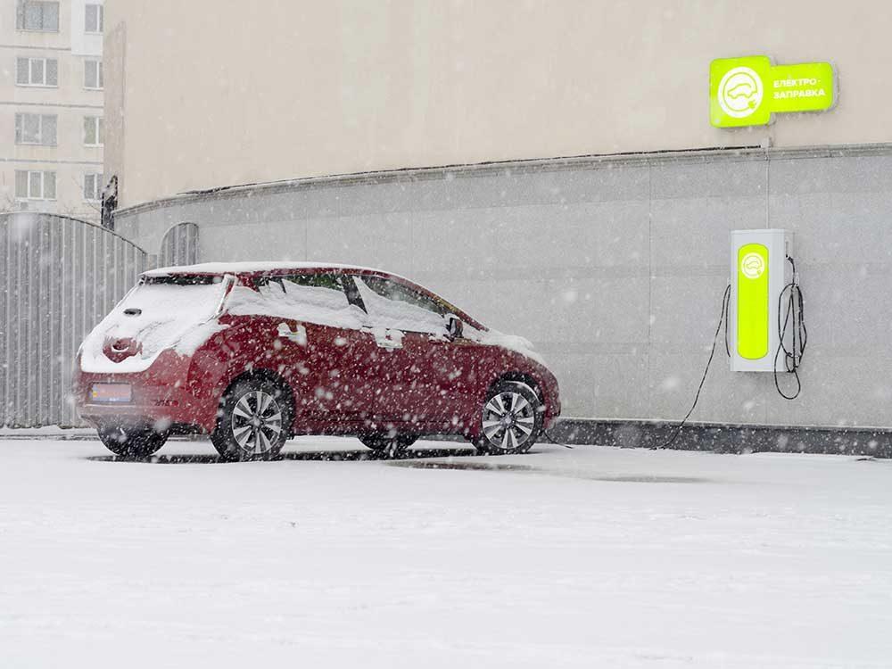 Voiture électrique : en hiver comme en été, il faut planifier.