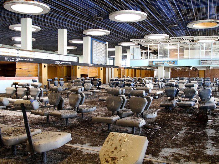 L'aéroport international de Nicosie à Chypre est l'un des lieux abandonnés dans le monde.