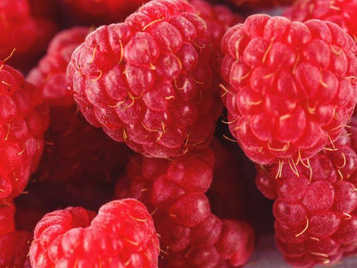 Les framboises font partie des aliments riches en antioxydants.