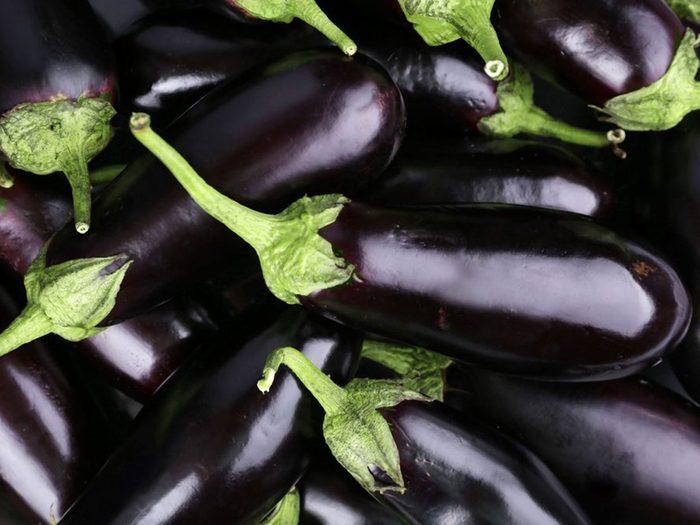 Les aubergines font partie des aliments riches en antioxydants.