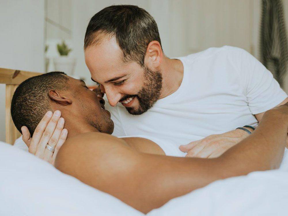 Bienfaits du baiser : vous aide à choisir le bon partenaire.