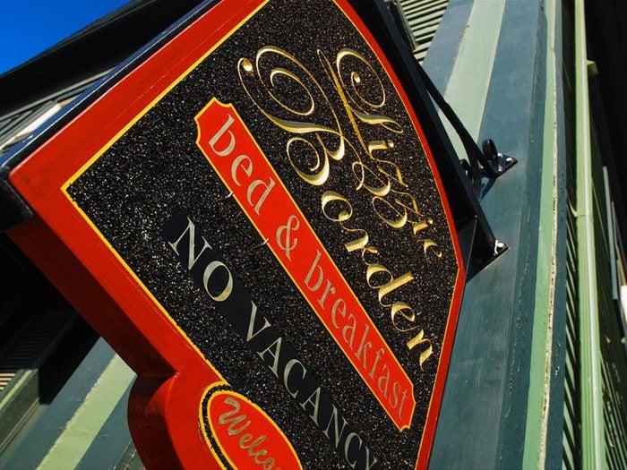 Fall River, ville américaine dans le Massachusetts: le couette et café de Lizzie Borden.