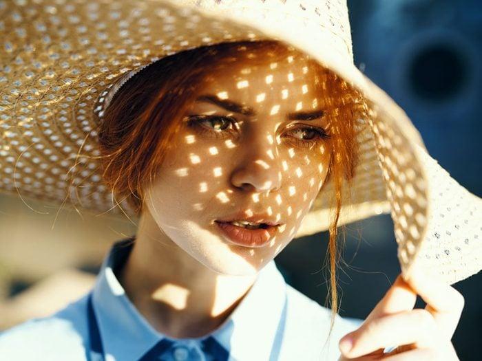 Le risque de cancer de la peau est plus élevé pour les jeunes femmes.
