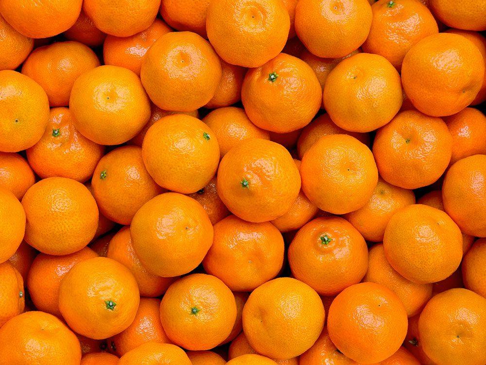 Fruits et légumes : Agrumes avec ou sans la pelure.