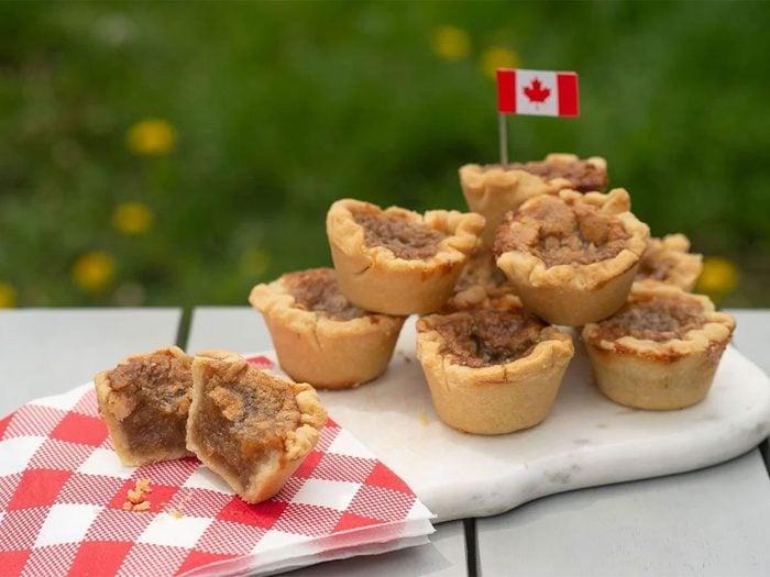 Les tartelettes au beurre font partie des mets traditionnels Canadiens.