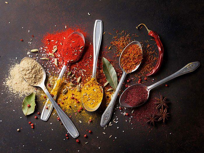 Substituts d'ingrédients : de la poudre cinq épices chinoise à la place de la sauce hoisin, aigre-douce ou aux huîtres.