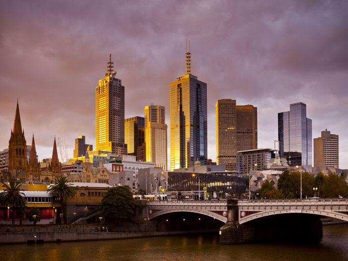 Ovni : l'histoire des 350 de Melbourne.