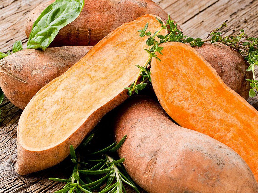 Les patates douces peuvent améliorer votre transit intestinal.