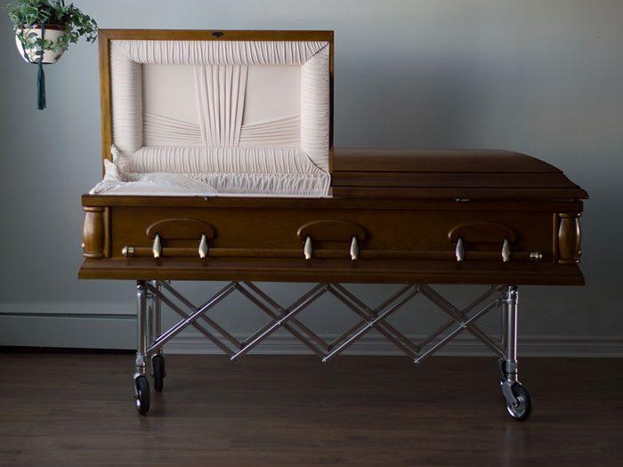 Signification des rêves : Vous rêvez de la mort d'une personne en particulier.