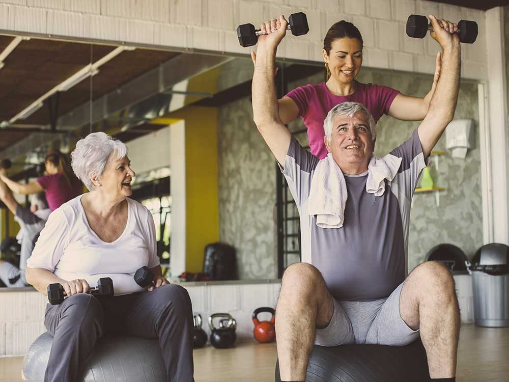 Un programme d'entraînement composé d'une association de plusieurs exercices reste la meilleure solution pour prévenir les chutes.