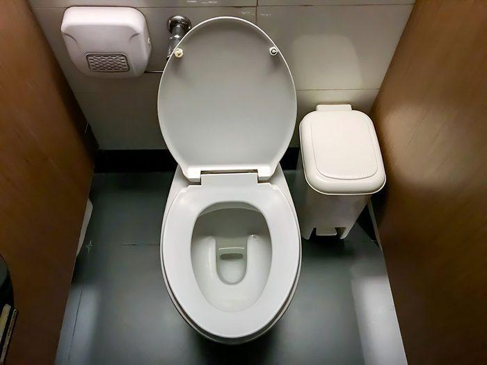 Survivre à une cuvette de toilette qui déborde