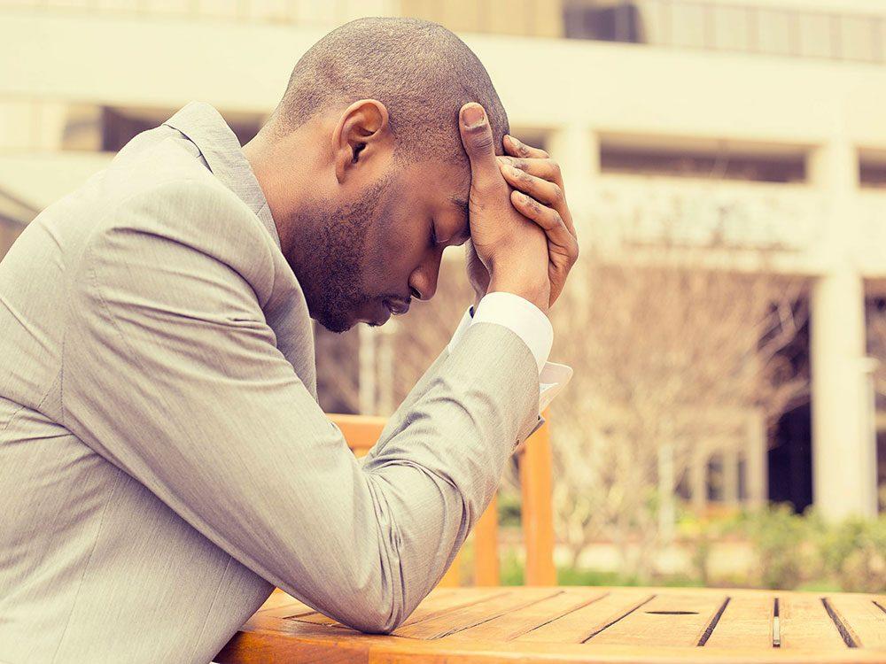 Les troubles de l'humeur, l'irritabilité ou l'anxiété peuvent être liés au cancer du cerveau.