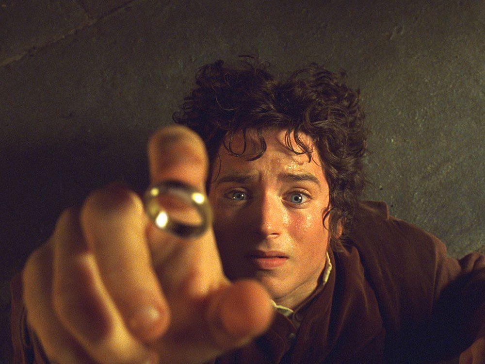 Dans le Seigneur des anneaux, Frodo a conservé l'Anneau très longtemps.