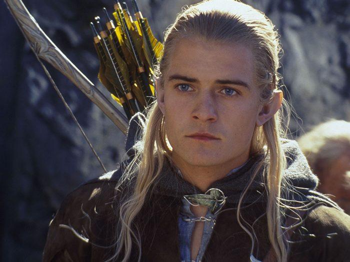 Tolkien n'a jamais décrit dans ses livres Le Seigneur des anneaux, l'apparence de l'elfe.