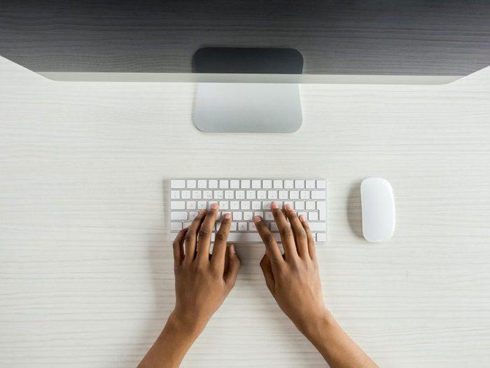 Un pirate peut accéder à vos comptes en ligne avec votre adresse de courriel.