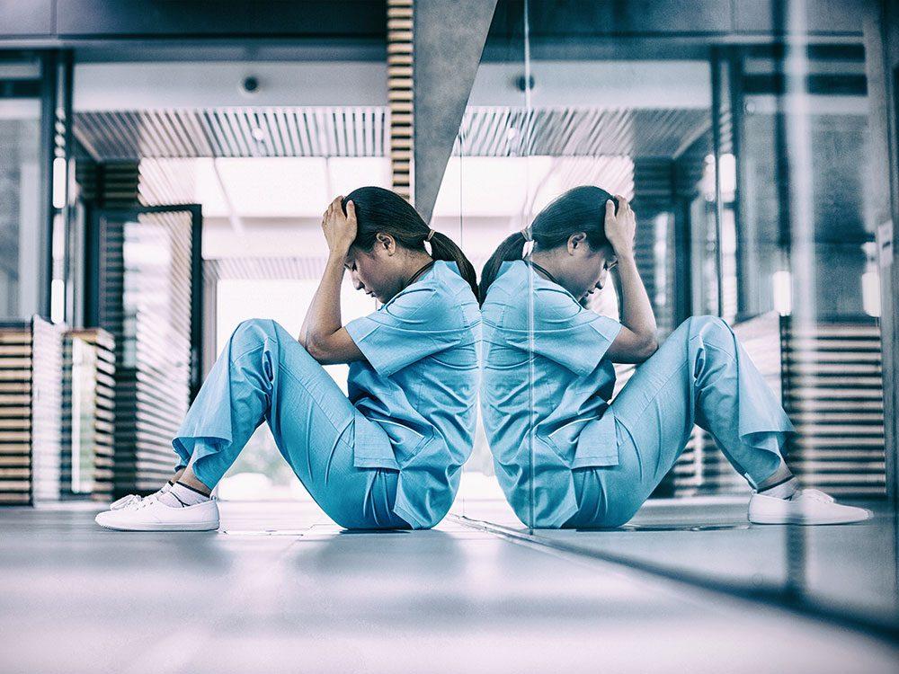 De vrais défis surgissent dans le métier d'infirmière spécialisée en traitement des victimes d'agressions sexuelles.