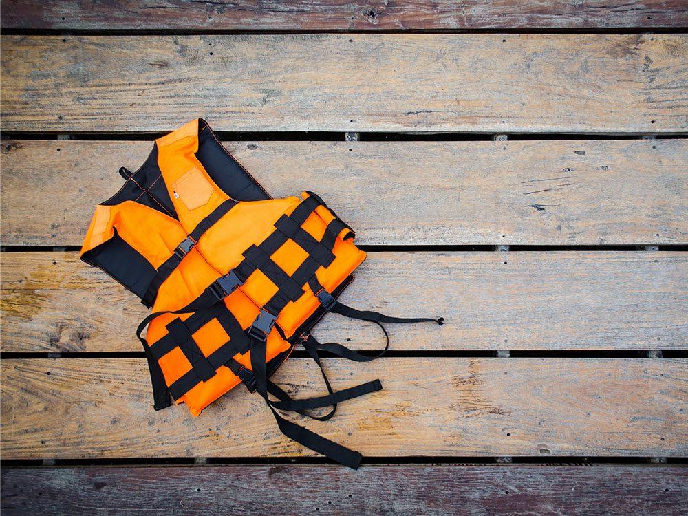 La sécurité avant tout! Certains outils comme le gilet de sauvetage peuvent vous sauver la vie.