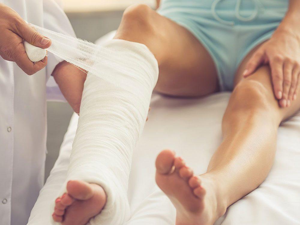 Vous manquez de calcium si un simple choc provoque une fracture.