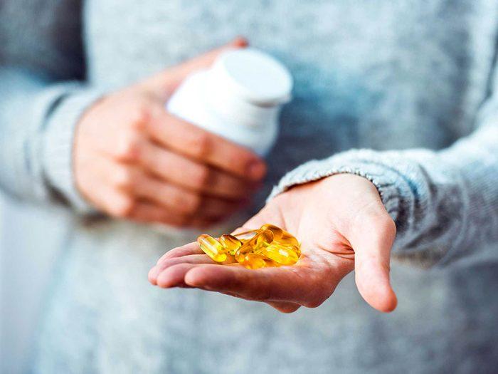 Dire à votre docteur que vous avez perdu vos médicaments contre la douleur et qu'il vous en fat d'autres, est un mensonge.