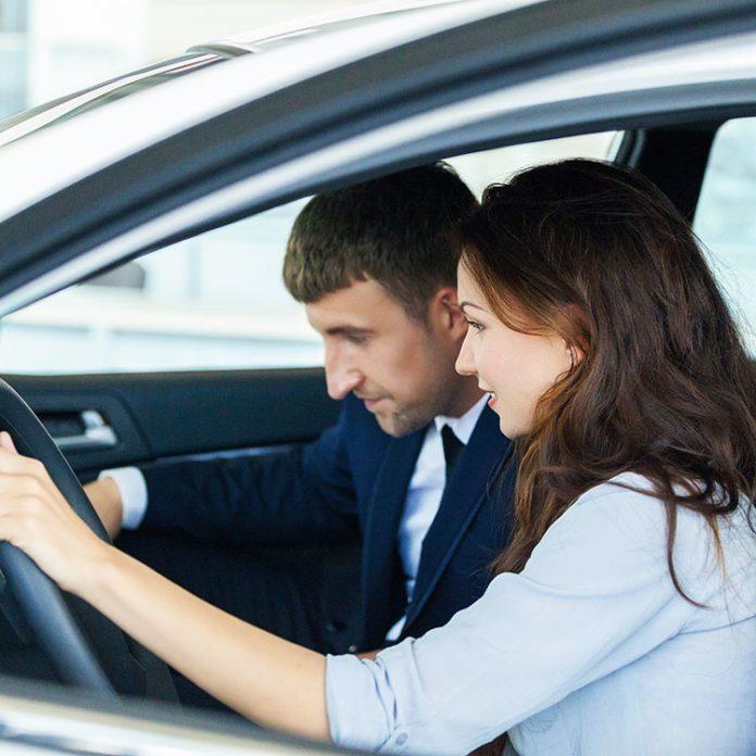 Nouvelle voiture: 10 choses à savoir avant de quitter le concessionnaire