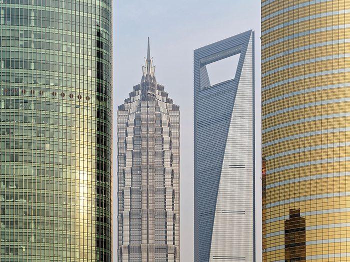 La Jin Mao Tower est l'un des plus hauts gratte-ciels du monde .