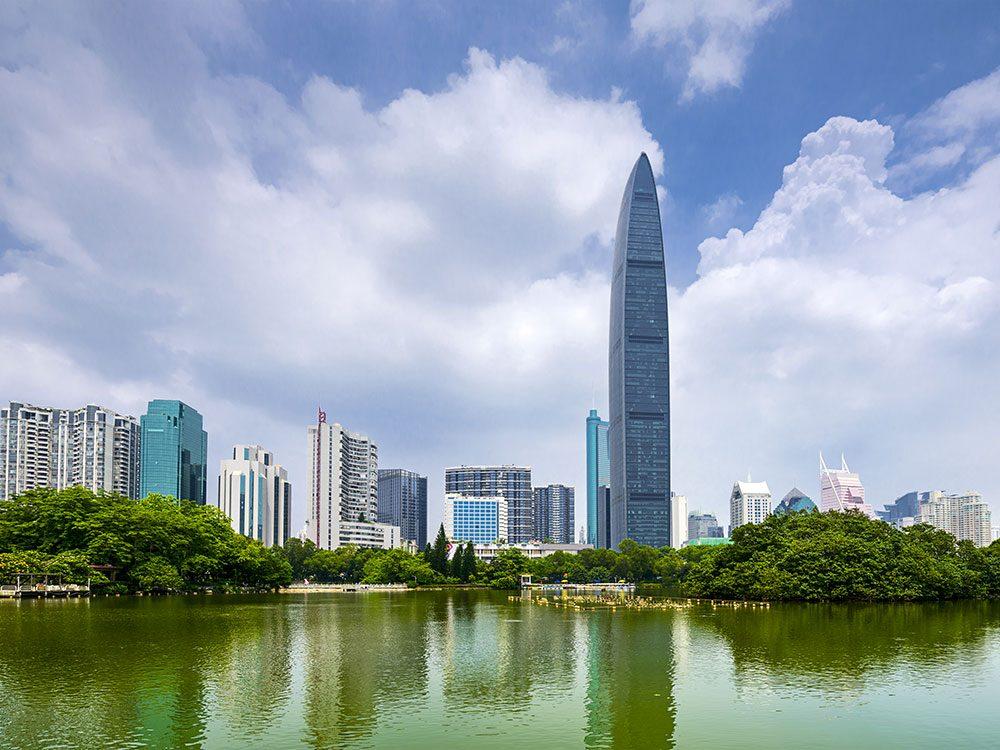 La tour KK100 en Chine est l'un des plus hauts gratte-ciels du monde .