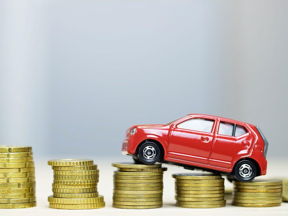 Pour chaque 50 kilos supplémentaire que doit transporter un véhicule moyen, sa consommation augmente de 2%.