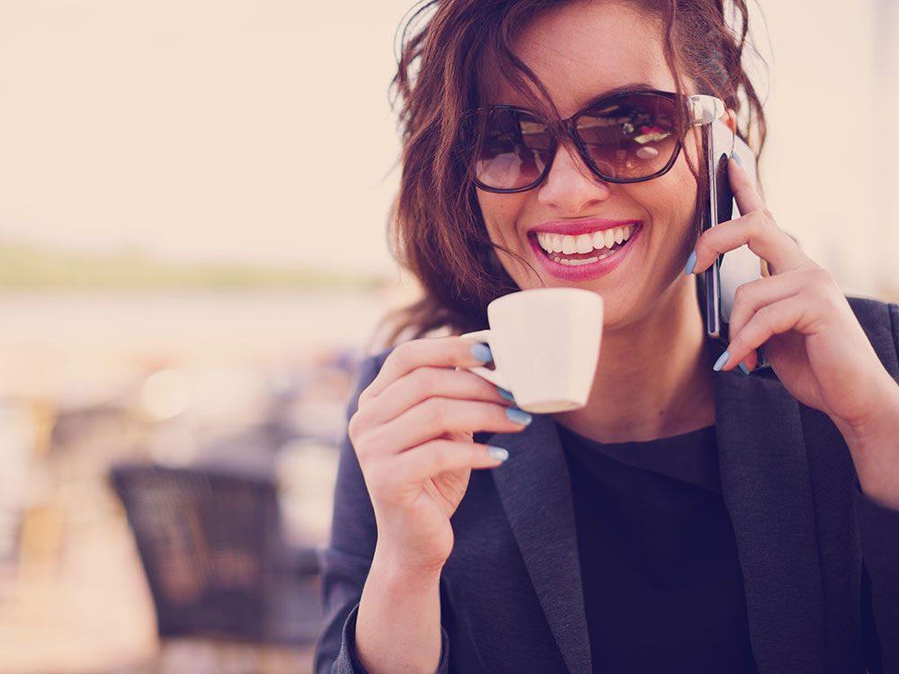 Appelez un ami permet de vous relaxer.