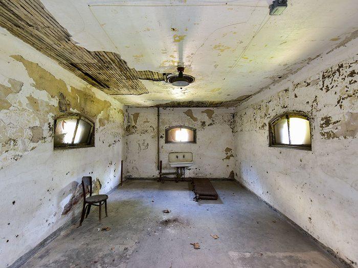 Visitez le Complexe hospitalier d'Ellis Island lors de votre séjour à New York.