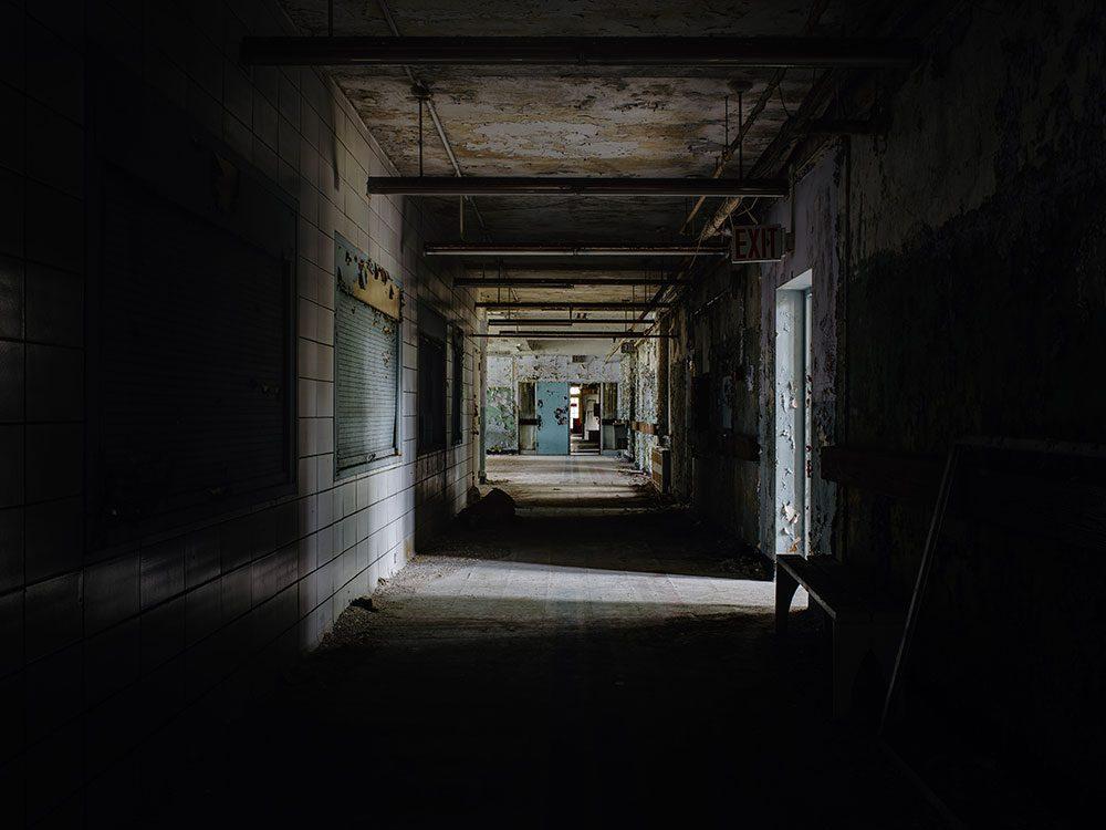 N'hésitez pas à visiter le Centre psychiatrique de Creedmoor dans le Queens à New York.
