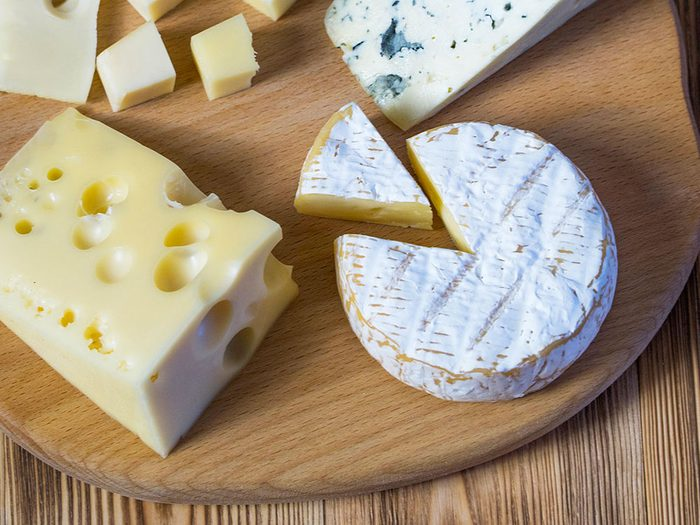 Le fromage est un aliment santé riche en gras, que vous devez manger.