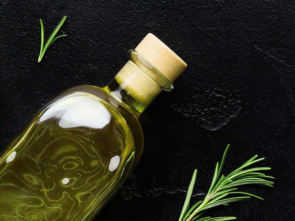 L'huile d'algue est un aliment santé riche en gras, que vous devez manger.
