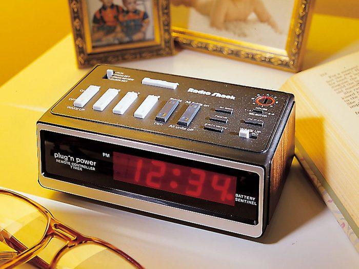 Tout le monde avait un réveille-matin dans sa maison dans les années 1990.