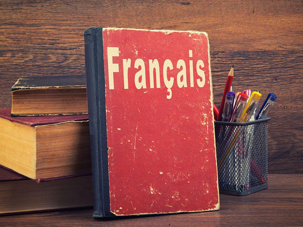 Existe-il un mot français pour fake news?