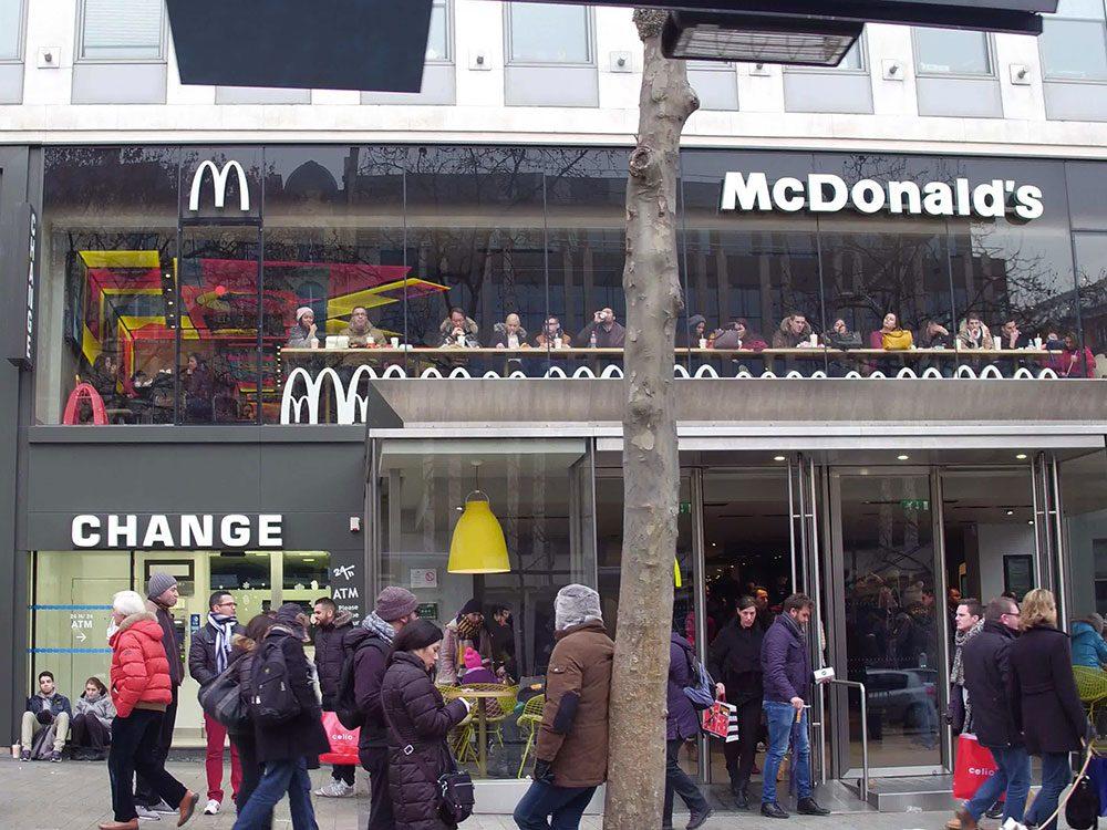 Les arches de McDonald's ne sont pas toujours dorées.
