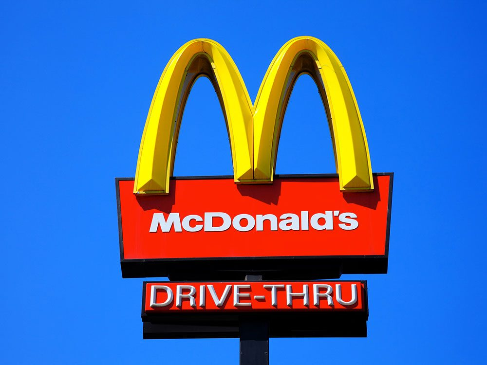 Les premiers services au volant de McDonald's ont été pensés pour l'armée.