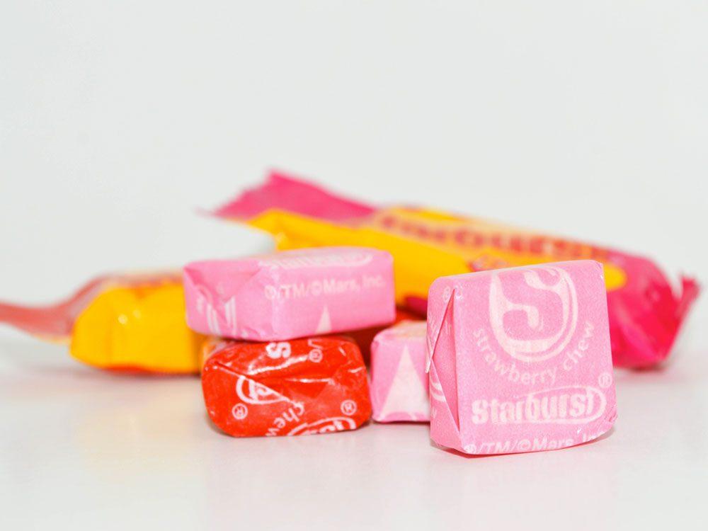 Consultez la liste des ingrédients des bonbons Starburst, ce n'est pas végétalien!