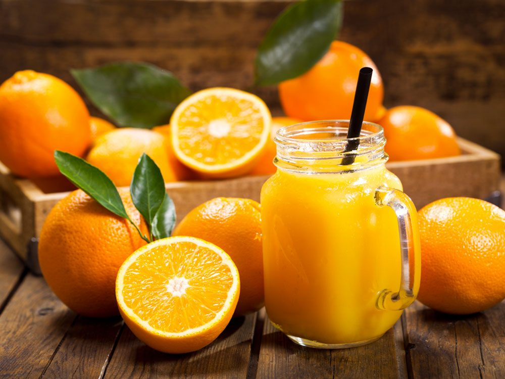 Le jus d'orange pur fruit est, bien sûr, végétalien. Mais attention à sa version enrichie.