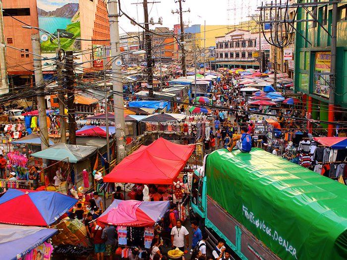 Manille aux Philippines est l'une des villes les plus peuplées au monde.