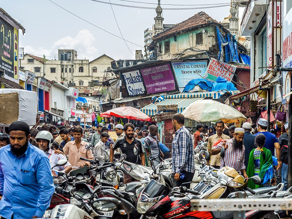Mumbai en Inde est l'une des villes les plus peuplées au monde.