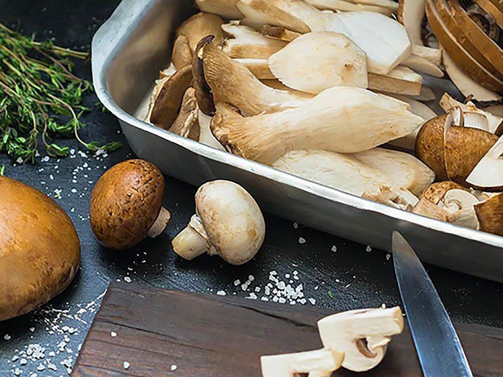 Les champignons sont les seuls végétaux qui contiennent de la vitamine D.