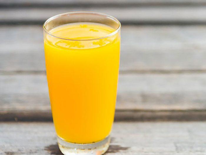De nombreux jus d'orange sont enrichis en vitamine D.